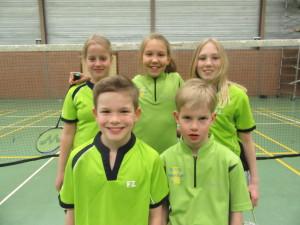C1 Mariska, Myrte, Roos, Finn en Ivar. (1)